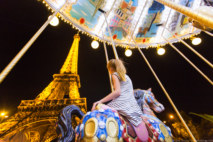 Around the world with kids - Our late night carousel ride