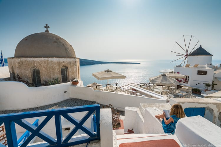 smart travel spending - Our favorite hotel in Santorini isn't fancy, but the location is perfect!
