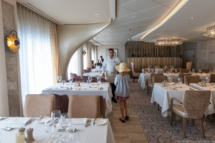 Celebrity Edge - Being seated at Cosmopolitan
